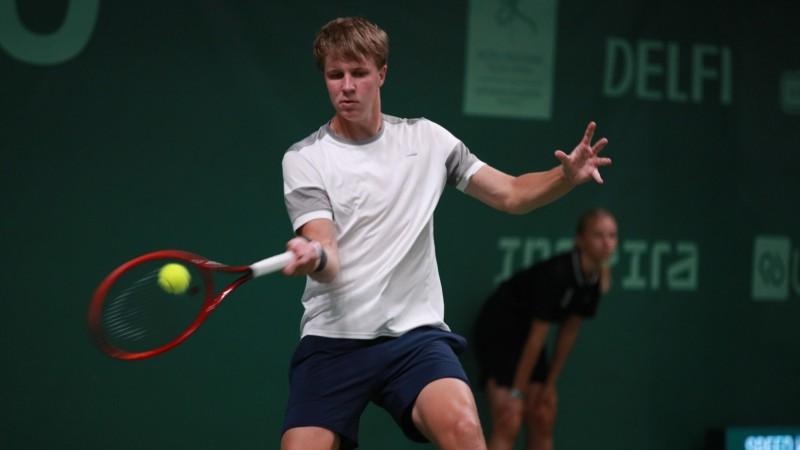Ozoliņš iegūst pirmo ITF dubultspēļu titulu