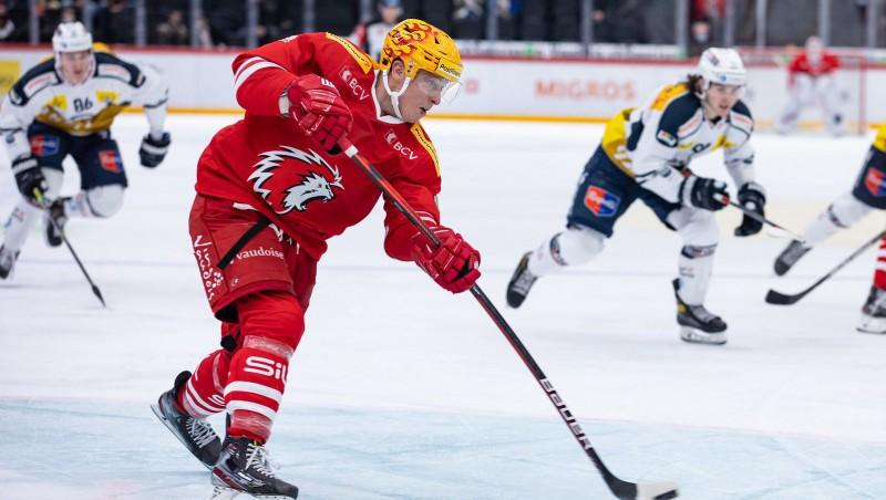"""Ķēniņam vārti pirmajā """"play-off"""" spēlē Šveicē, Freibergs iemet Bičevska klubam"""