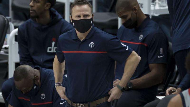 Bijušais ''Wizards'' treneris Brūkss kļūs par Bilapsa asistentu ''Trail Blazers''