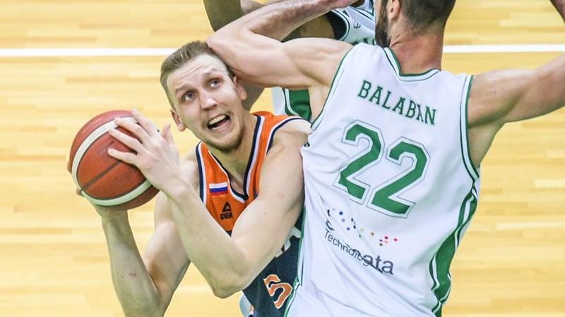 """Mejerim 8+8, """"Parma""""  zaudē """"Unics""""; Gludītim 22 punkti uzvarā Igaunijas play-off"""