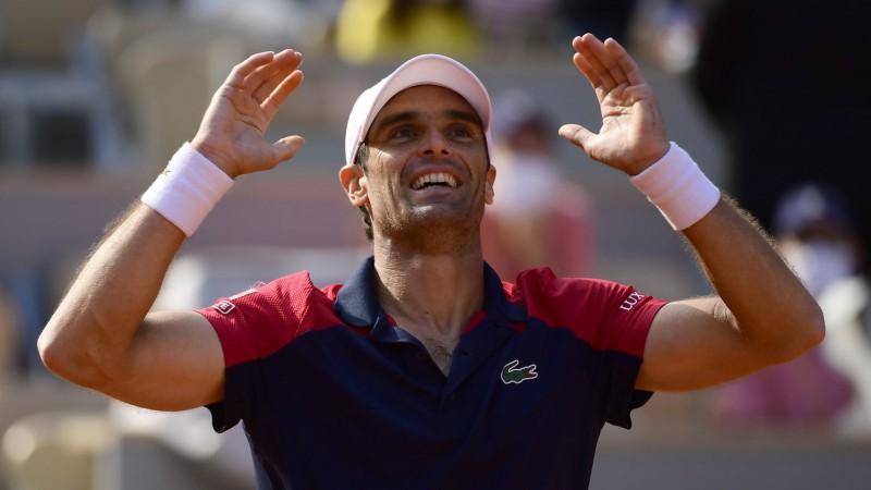 """Anduhars piecu setu mačā pieveic divkārtējo """"French Open"""" finālistu Tīmu"""