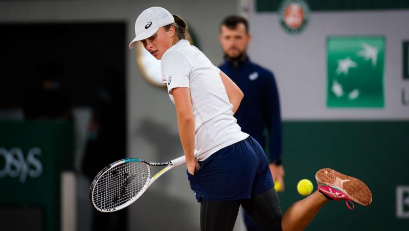 """Švjonteka sāks titula aizstāvēšanu, Medvedevam piektais mēģinājums uzvarēt """"French Open"""" spēlē"""