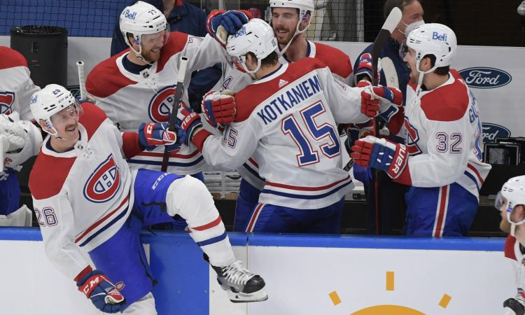 ''Canadiens'' izšķirošajā spēlē izslēdz ''Maple Leafs'', ''Islanders'' panāk 1-1