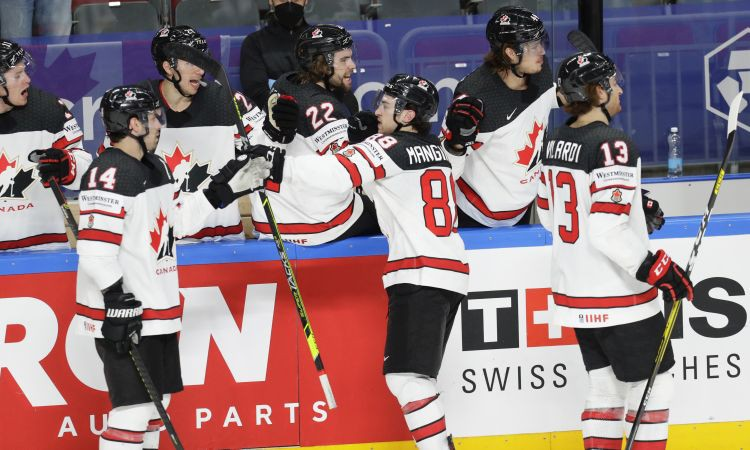ASV arī desmitais piegājiens neveiksmīgs: Kanāda notur uzvaru un spēlēs finālā