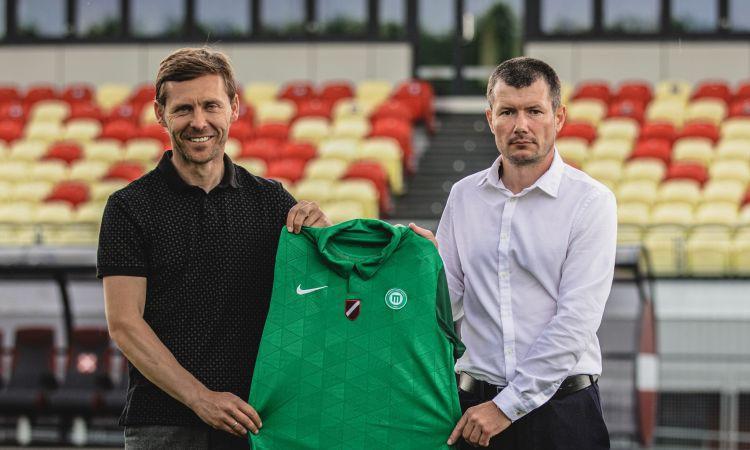 ''Metta'' par jauno galveno treneri ieceļ akadēmijā strādājošo Gluščuku