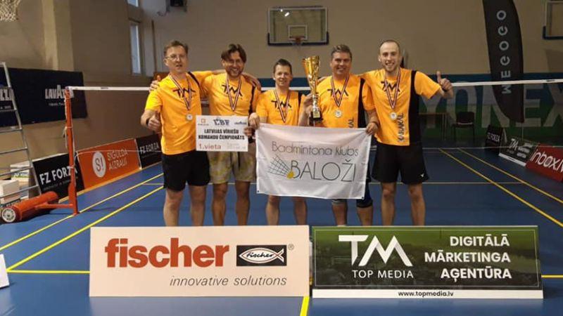 Latvijas čempionātā uzvar Rīgas un Baložu badmintona komandas