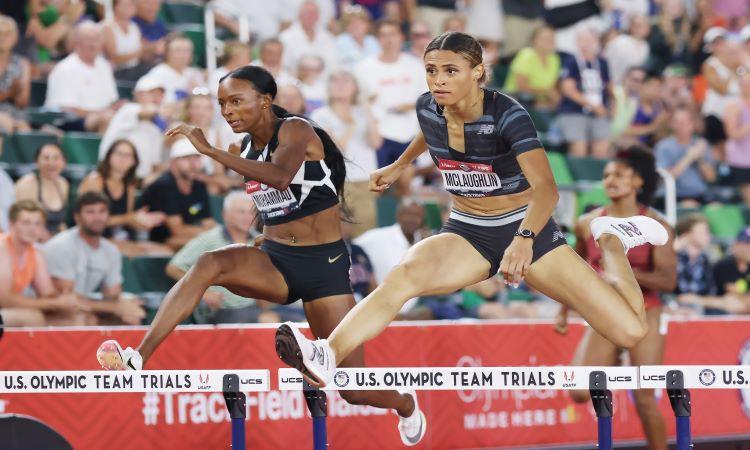 Amerikāniete Maklaflina uzstāda pasaules rekordu 400m/b