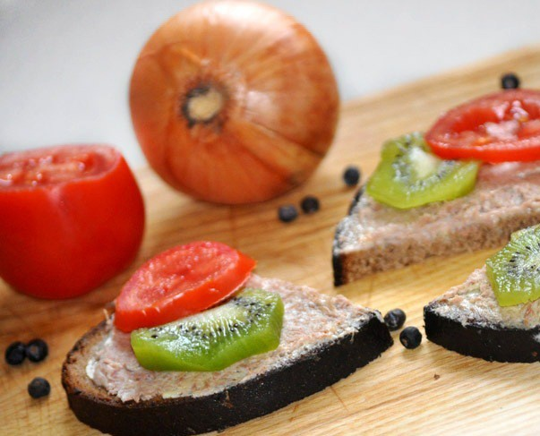 Truša vai zaķa gaļas pastēte