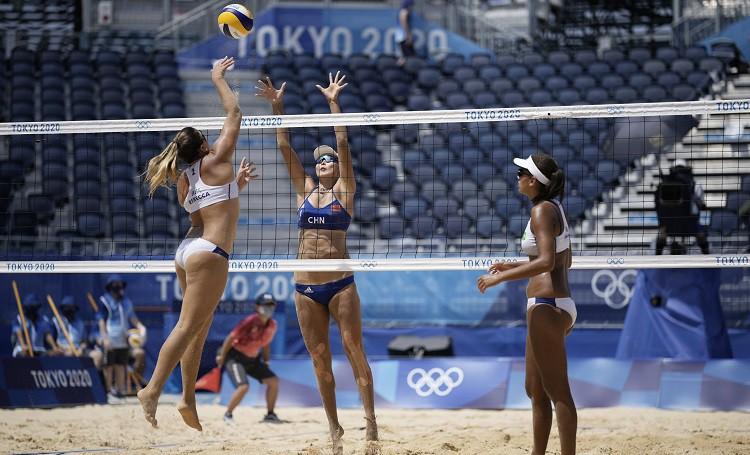 Ana Patrisija/Rebeka soļo tālāk, Rio finālistu duelī Ludviga vēlreiz pārspēj Agatu