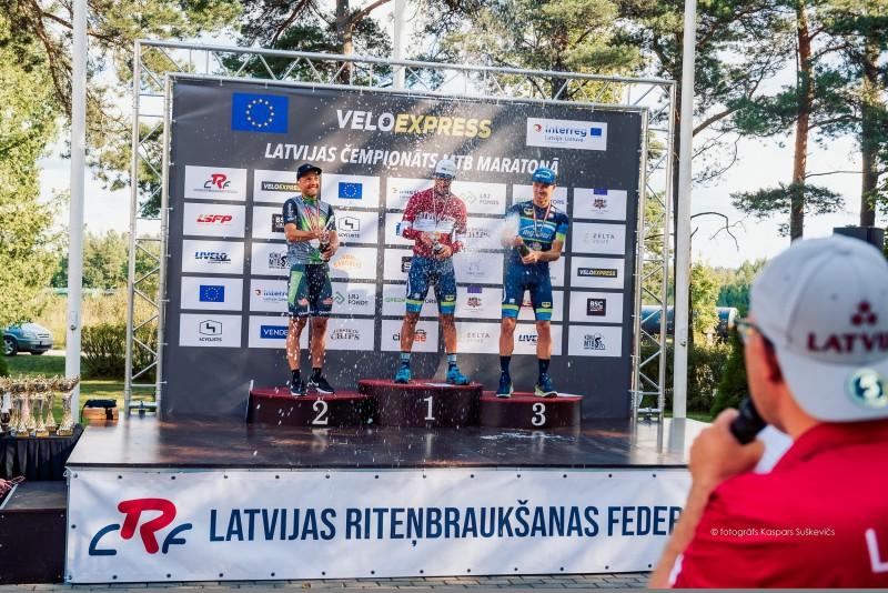 Muižnieks un Kovgere Kūku trasē kļūst par Latvijas čempioniem MTB maratonā