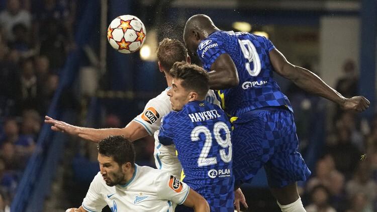 ''Chelsea'' titula aizstāvēšanu sāk ar smagu uzvaru pret ''Zenit''