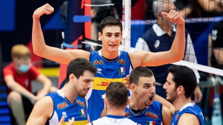 Visi ceturtdaļfināli trīs setos: pusfinālā arī Slovēnija un Latviju uzvarējusī Itālija